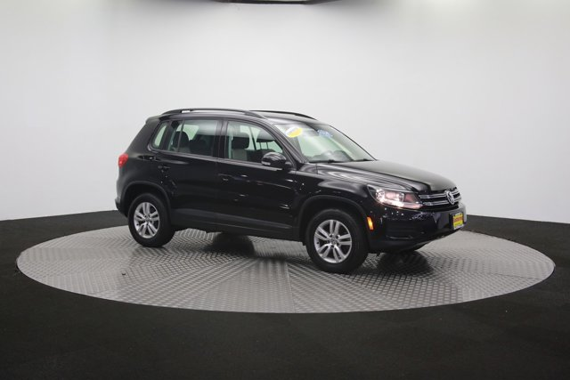2017 Volkswagen Tiguan for sale 121009 56