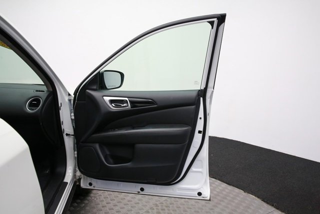 2018 Nissan Pathfinder for sale 120765 27