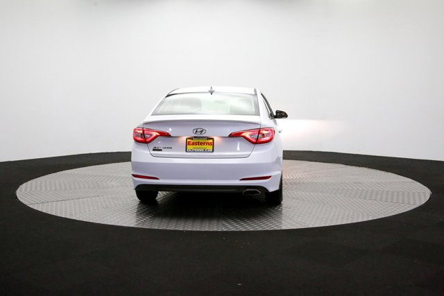 2016 Hyundai Sonata for sale 122705 33