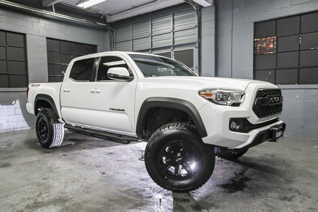 Used-2019-Toyota-Tacoma-4WD-SR-Double-Cab-5'-Bed-V6-AT