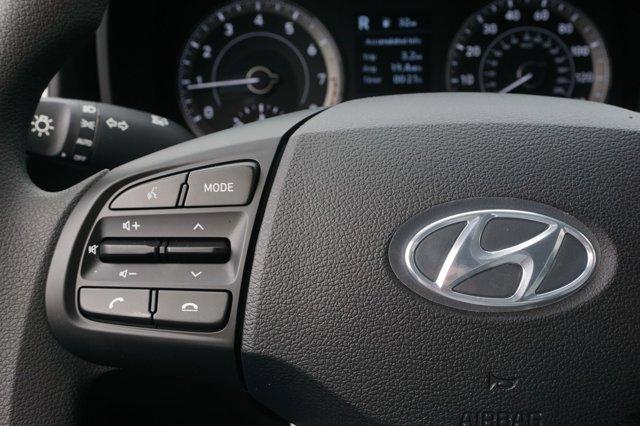 New 2020 Hyundai Venue SE IVT
