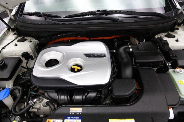 2017 Hyundai Sonata Hybrid for sale 125172 6