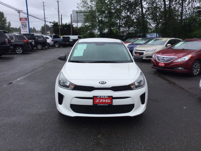 Used 2018 Kia Rio 5-Door LX Manual