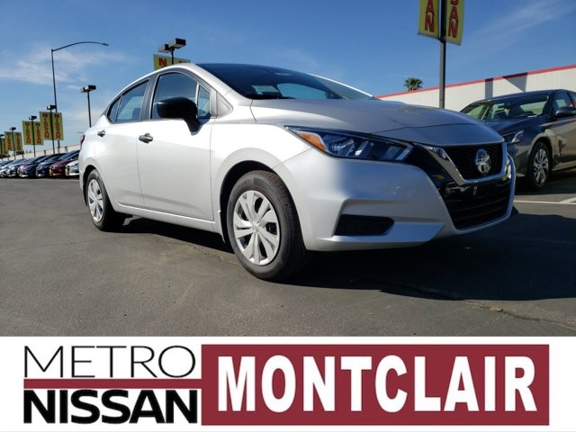 2020 Nissan Versa S S Manual Regular Unleaded I-4 1.6 L/98 [6]
