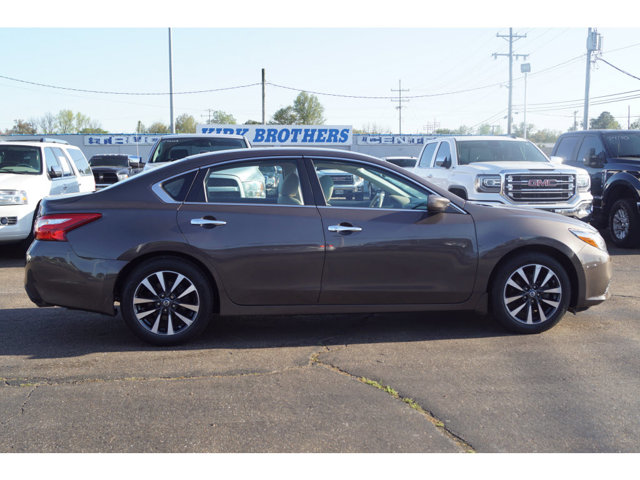 Used 2016 Nissan Altima in Grenada, MS
