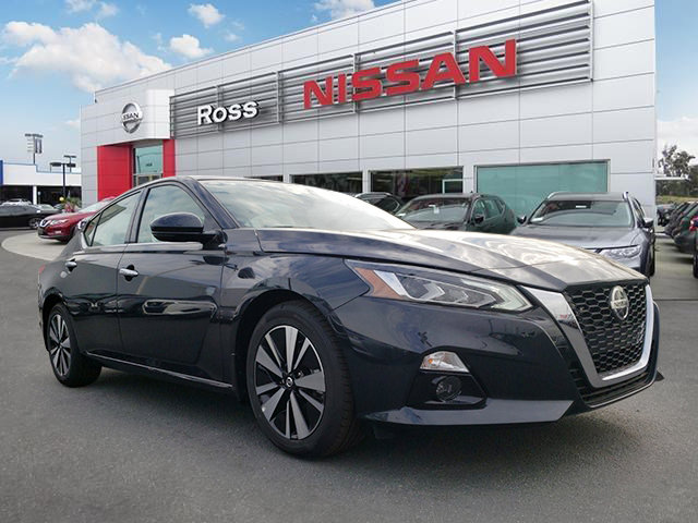 2020 Nissan Altima 2.5 SV 2.5 SV Sedan Regular Unleaded I-4 2.5 L/152 [3]