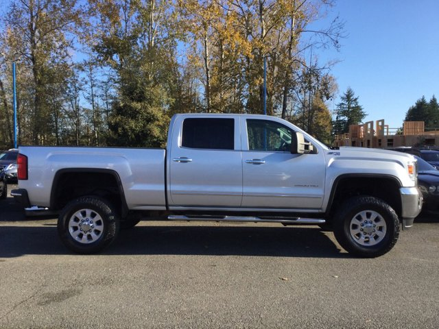 Used 2015 GMC Sierra 2500HD available WiFi 4WD Crew Cab 153.7 SLT