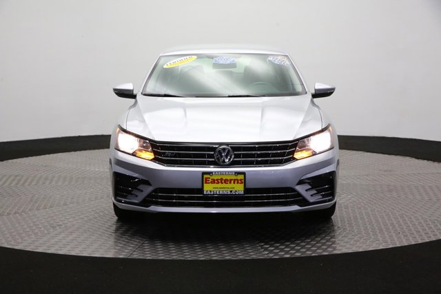 2017 Volkswagen Passat for sale 123056 1