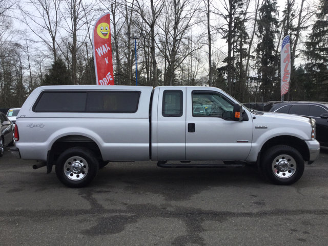 Used 2005 Ford Super Duty F-250 Supercab 158 XLT 4WD