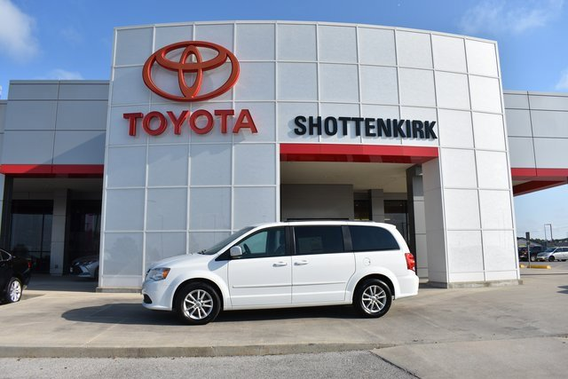 Used 2015 Dodge Grand Caravan in Quincy, IL