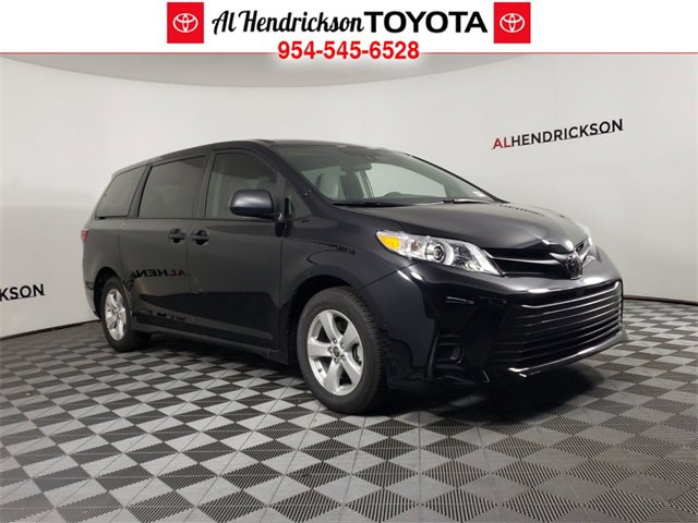 New 2020 Toyota Sienna in Coconut Creek, FL
