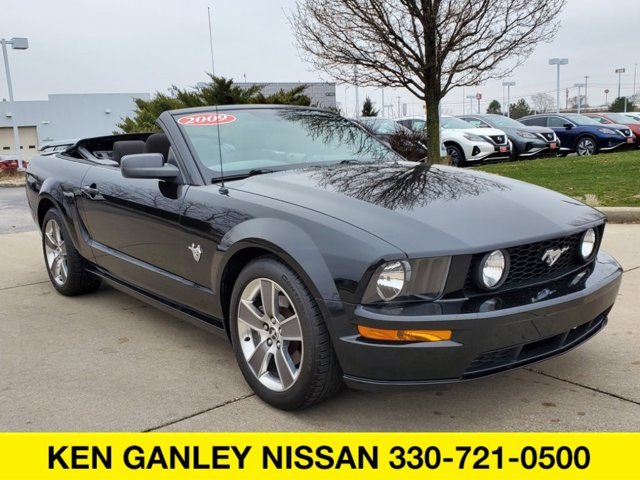 Used 2009 Ford Mustang in Medina, OH