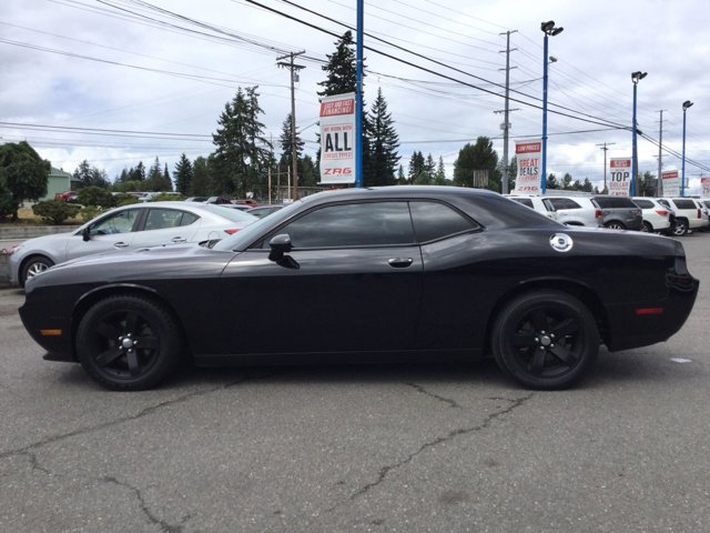 Used 2013 Dodge Challenger 2dr Cpe SXT