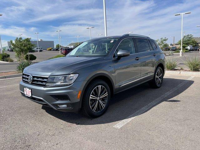 2018 Volkswagen Tiguan 2.0T SEL  Intercooled Turbo Regular Unleaded I-4 2.0 L/121 [15]