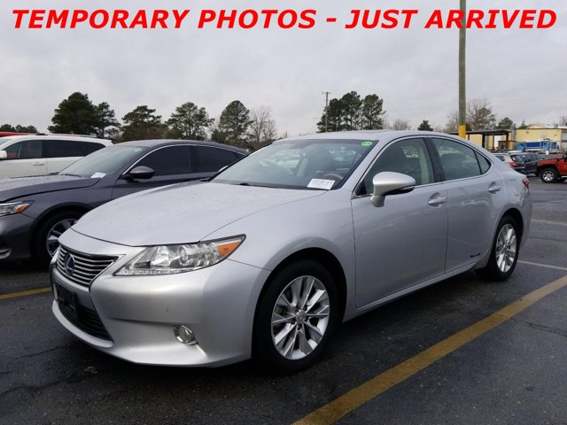 Used 2013 Lexus ES 300h in , NC