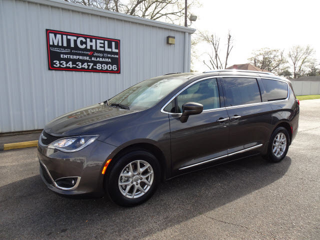 Used 2020 Chrysler Pacifica in Dothan & Enterprise, AL