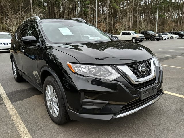 2020 Nissan Rogue SV photo