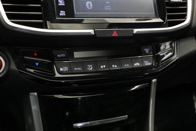 2017 Honda Accord for sale 124985 17