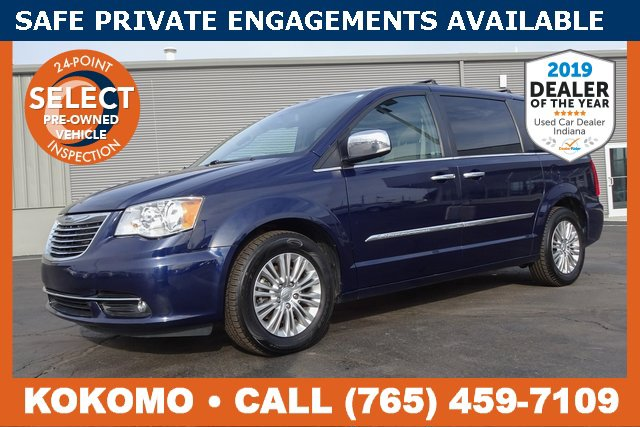 Used 2015 Chrysler Town & Country in Indianapolis, IN