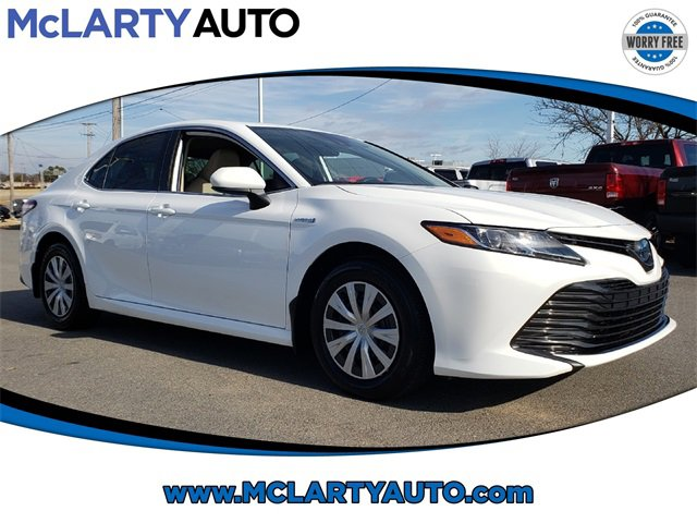 Used 2019 Toyota Camry Hybrid in North Little Rock, AR