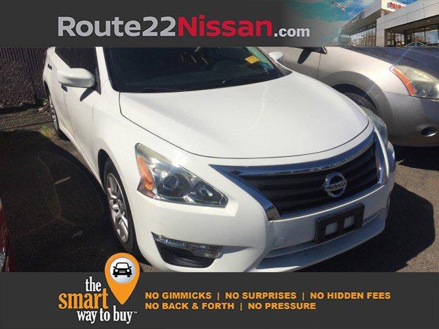 2015 Nissan Altima 2.5 4dr Sdn I4 2.5 Regular Unleaded I-4 2.5 L/152 [10]