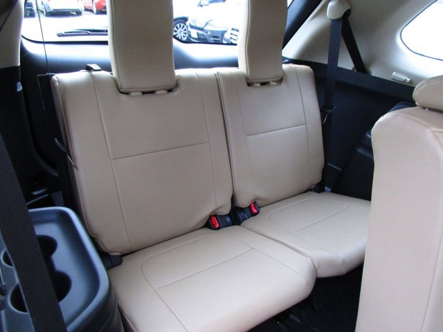 Photo 17 of this used 2017 Mitsubishi Outlander vehicle for sale in San Rafael, CA 94901