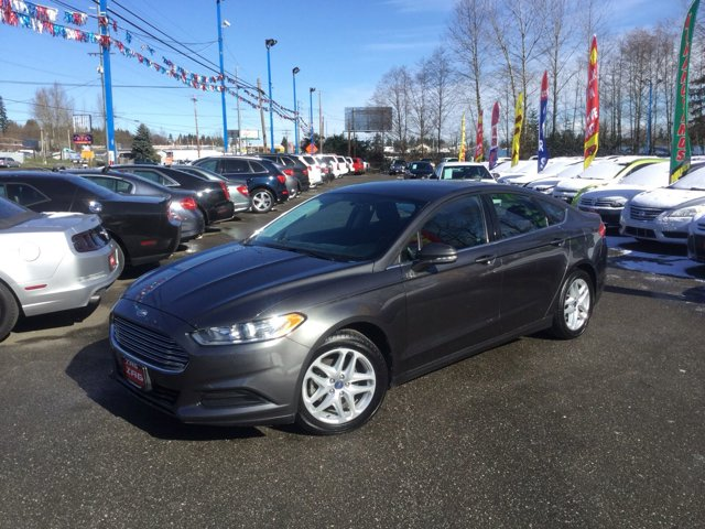 Used 2015 Ford Fusion 4dr Sdn SE FWD