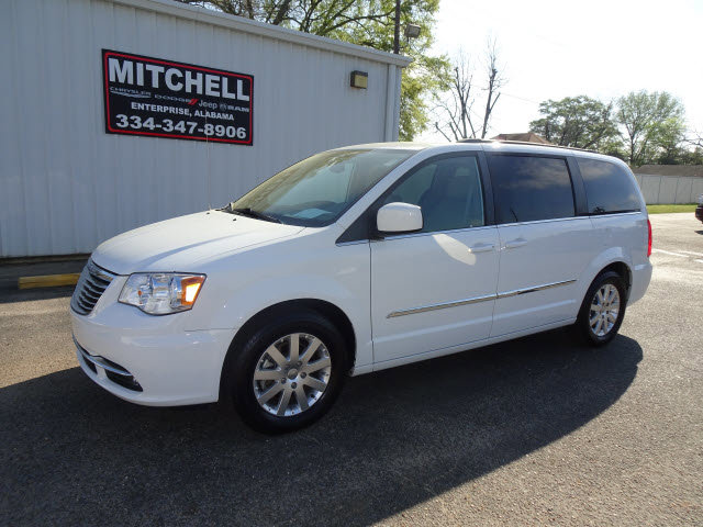 Used 2015 Chrysler Town & Country in Dothan & Enterprise, AL