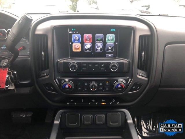 Used 2017 GMC Sierra 1500 4WD Crew Cab 143.5 SLT