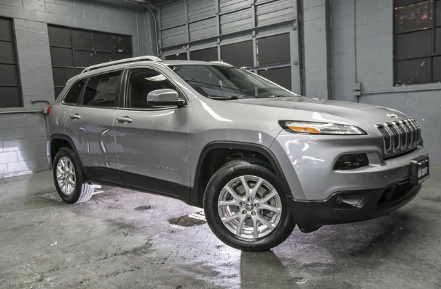 Used-2015-Jeep-Cherokee-4WD-4dr-Latitude