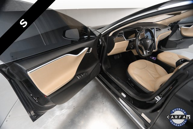 2013 Tesla Model S  15