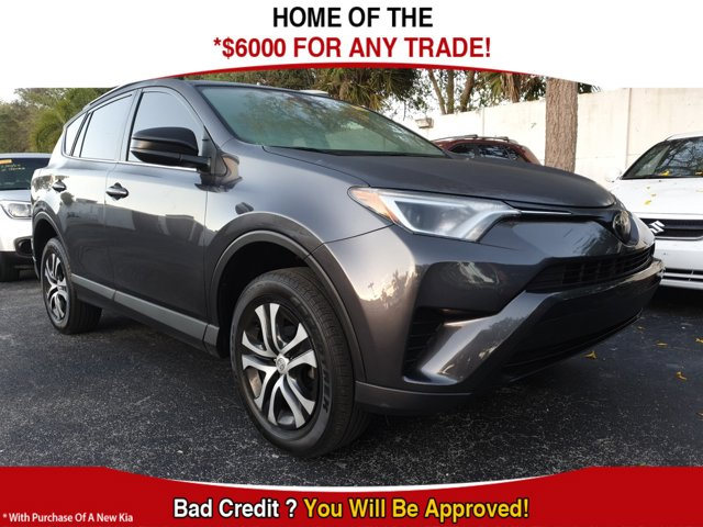 Used 2018 Toyota RAV4 in West Palm Beach, FL