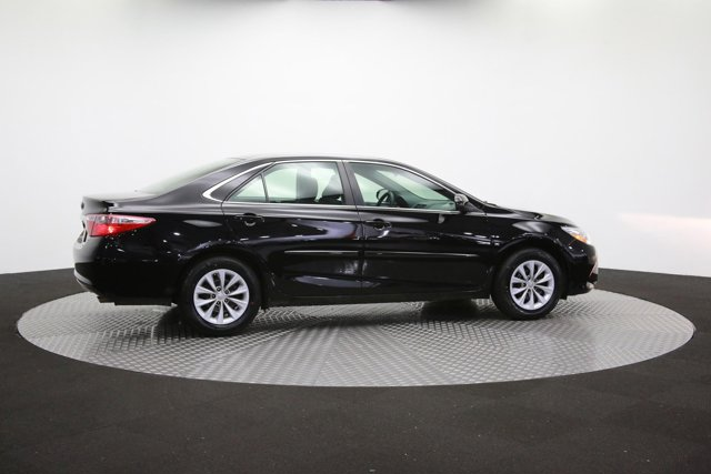 2017 Toyota Camry for sale 124354 38