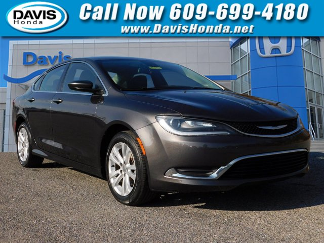 Used 2016 Chrysler 200 in Burlington, NJ
