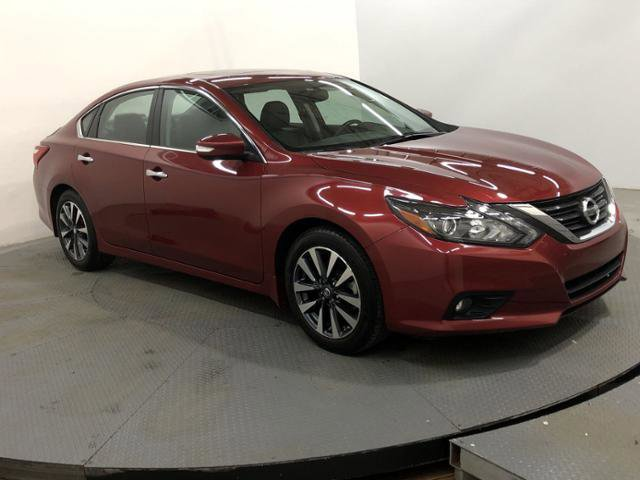 Used 2017 Nissan Altima in Indianapolis, IN
