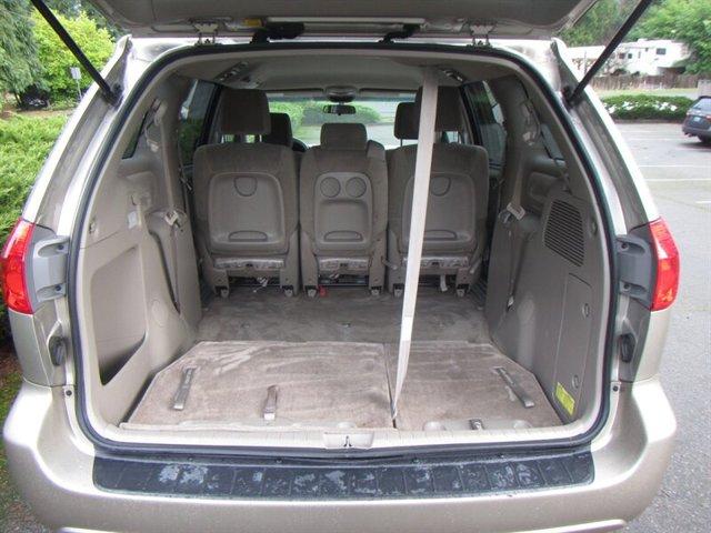 Used 2010 Toyota Sienna LE 8-Passenger