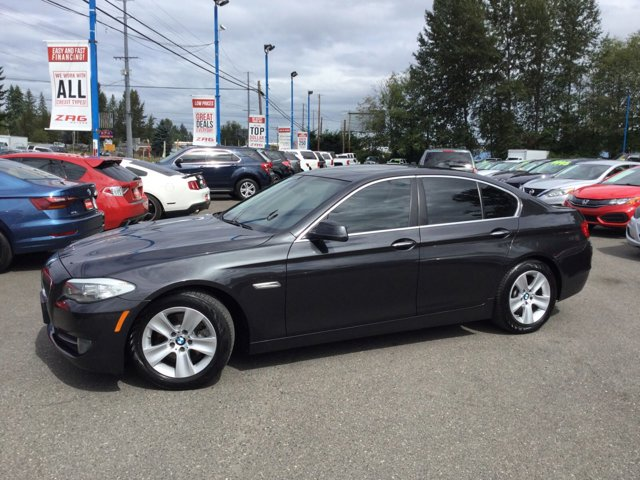 Used 2013 BMW 5 Series 4dr Sdn 528i RWD