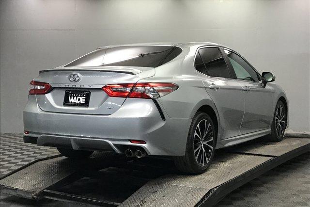 Used 2018 Toyota Camry SE Auto