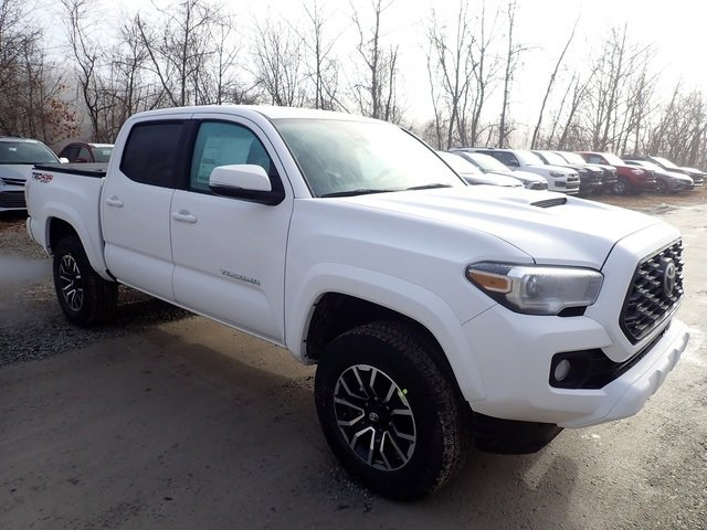 New 2020 Toyota Tacoma in Pleasant Hills, PA