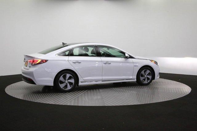 2017 Hyundai Sonata Hybrid for sale 125172 38