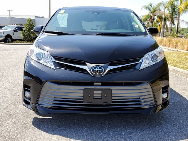 Used 2018 Toyota Sienna in Fort Worth, TX