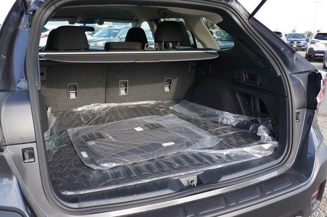 New 2021 Subaru Outback Premium CVT