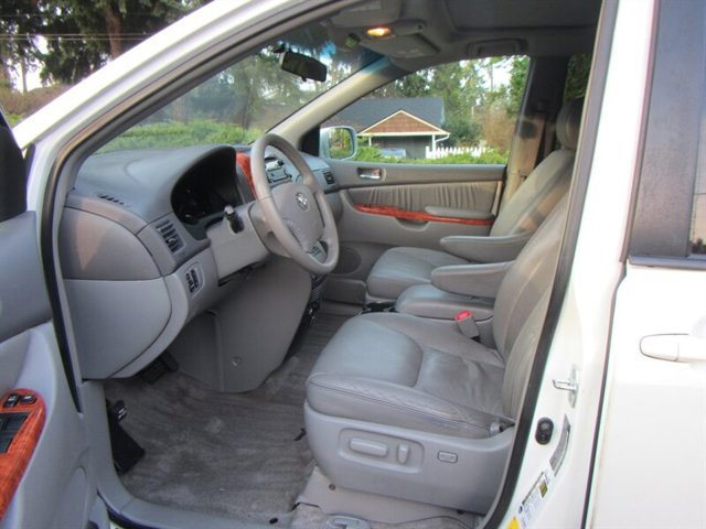 Used 2008 Toyota Sienna XLE