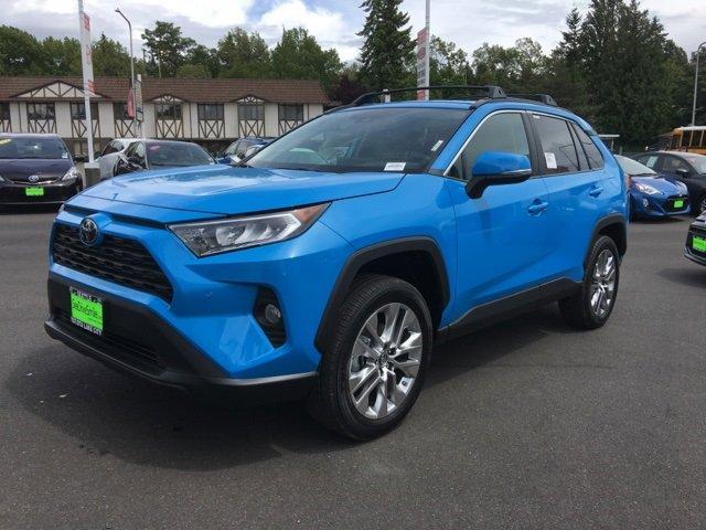 New 2019 Toyota RAV4 XLE Premium AWD