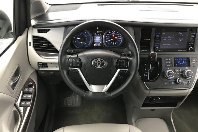 Used 2019 Toyota Sienna XLE