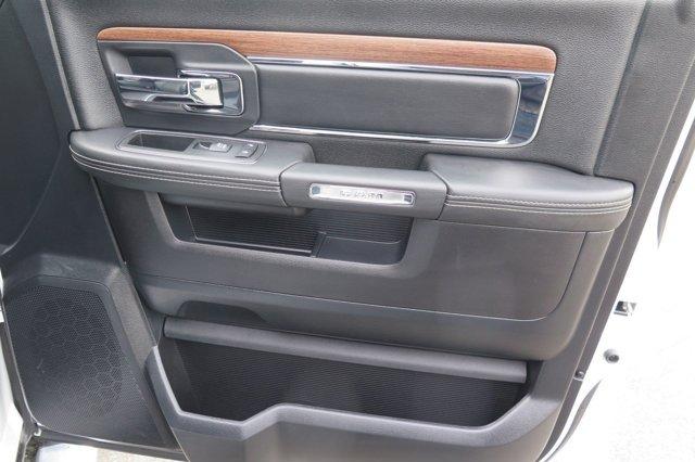 2014 Ram 1500 4WD Quad Cab 140.5 Laramie