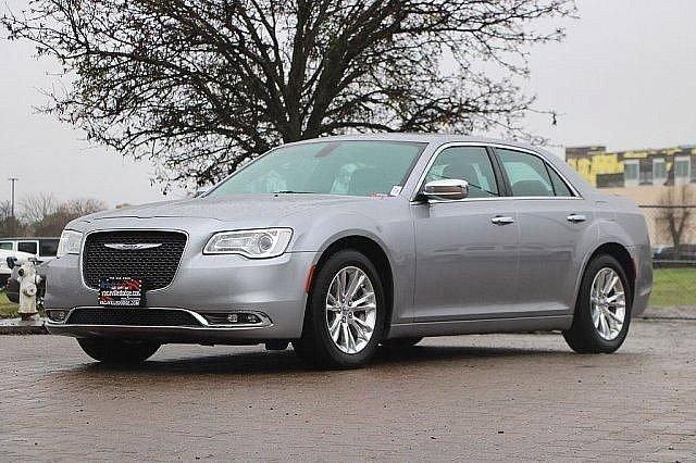 2016 Chrysler 300 300C 6