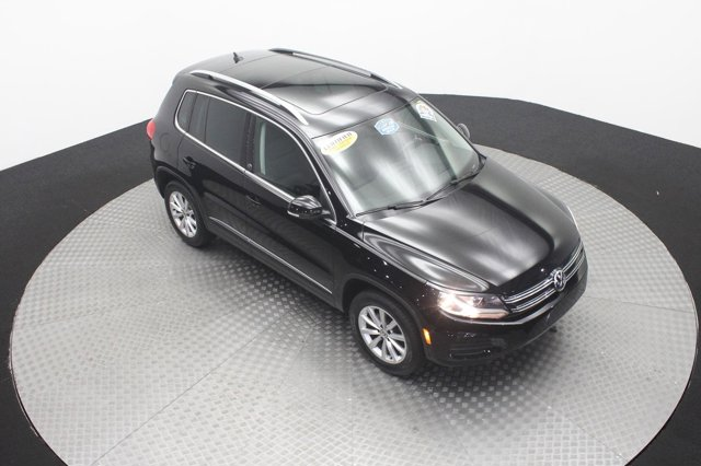 2017 Volkswagen Tiguan for sale 123058 4