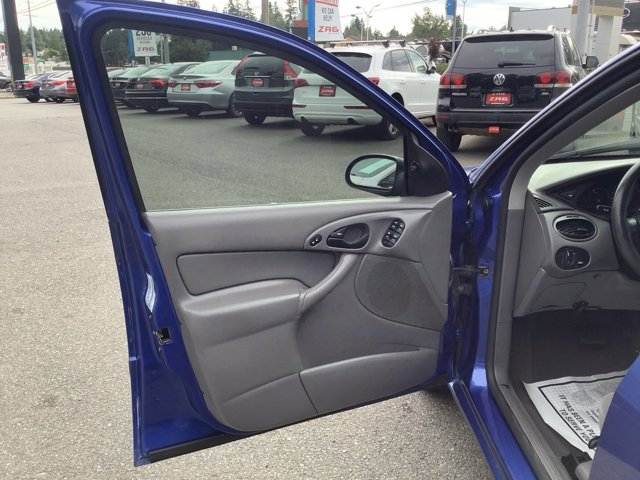 Used 2003 Ford Focus 4dr Sdn SE