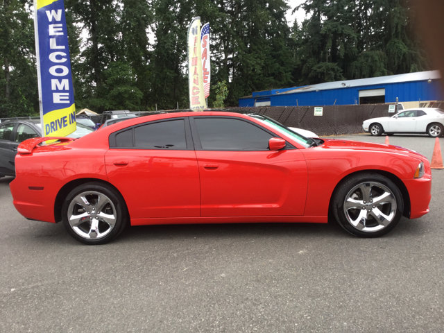 Used 2014 Dodge Charger 4dr Sdn Road-Track RWD